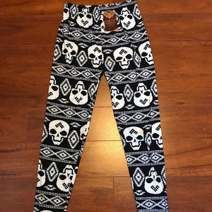 Pants - Super soft Skull Aztec Leggings